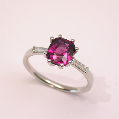 Ring Platin  Malaya-Granat Diamanten